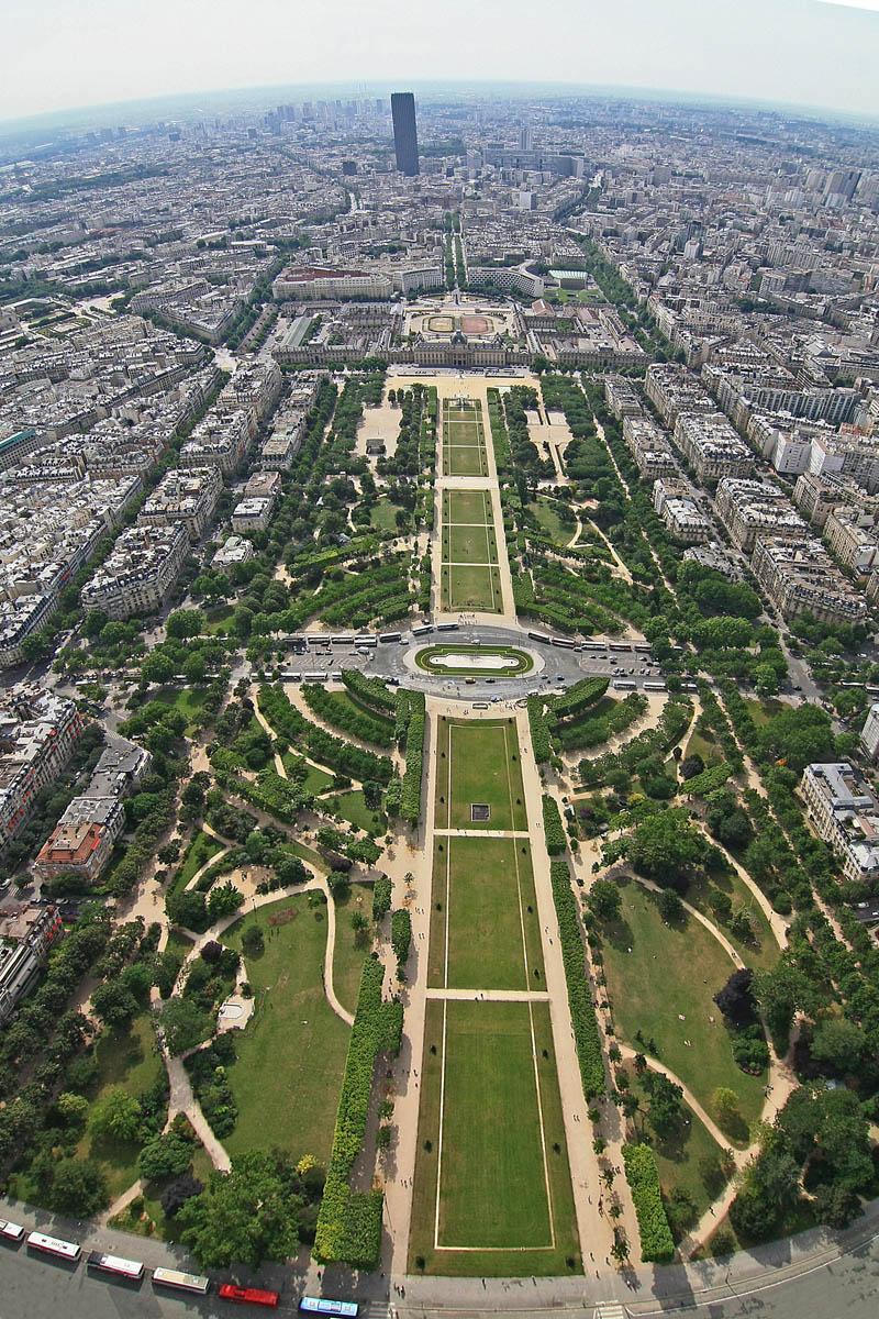 Планета париж лувр и собор парижской